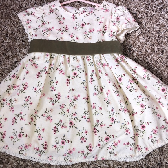 c9070f6f0eff First Impressions Other - NWOT baby girl dress with floral print